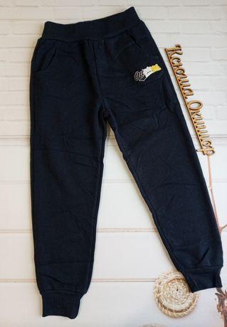 Сплртивные штаны для мальчика ! Теплые ! Венгрия ! От : 116 до 146 см