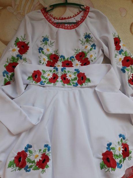 Красивое платье вышыванка