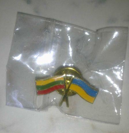 Значок. Флаги Литва - Украина. Новый.