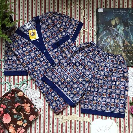 Новая пижама комплект костюм принт примерно на 6-9 лет
