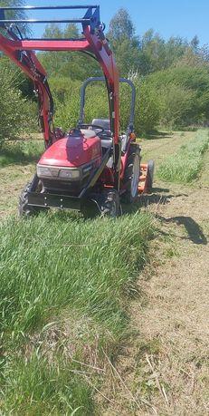 Koszenie nieużytków wykaszanie wysokich traw kosiarką bijakową kosą