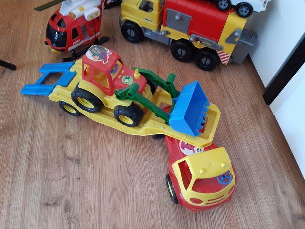 Ciężarówka z trakrorem