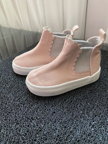 Демисезанные ботиночки HM