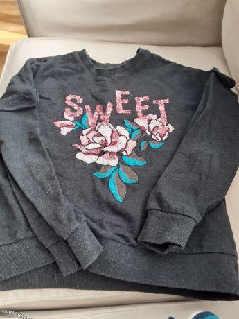 Wyszywana bluza dziewczęca