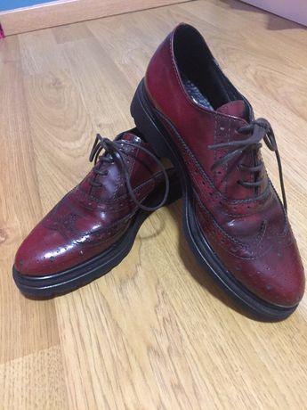Sapatos derbis, marca Versace 1969