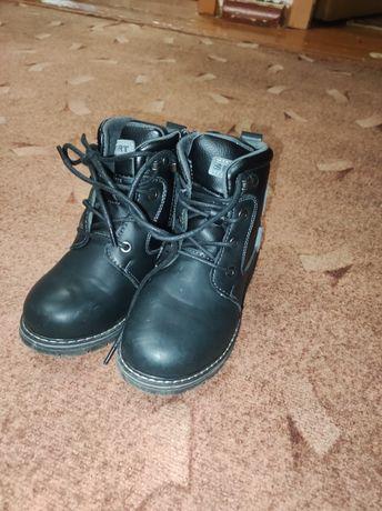Осенние весенние ботинки на мальчика размер 30