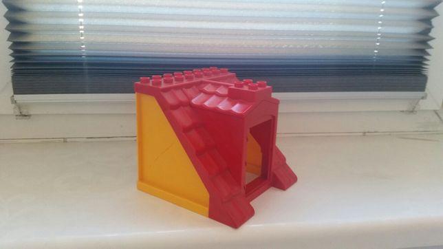Lego duplo domek poddasze dach