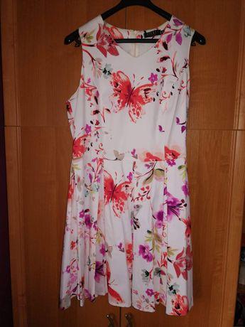 Sukienka w kwiaty rozmiar 44 rozkloszowana
