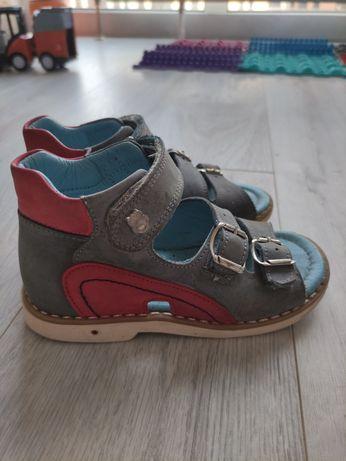 Ортопедические босоножки сандали theo leo 26р.
