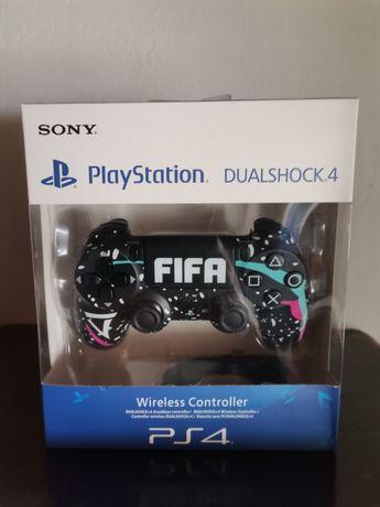 Comando PS4 FIFA na caixa selado (entrega imediata)