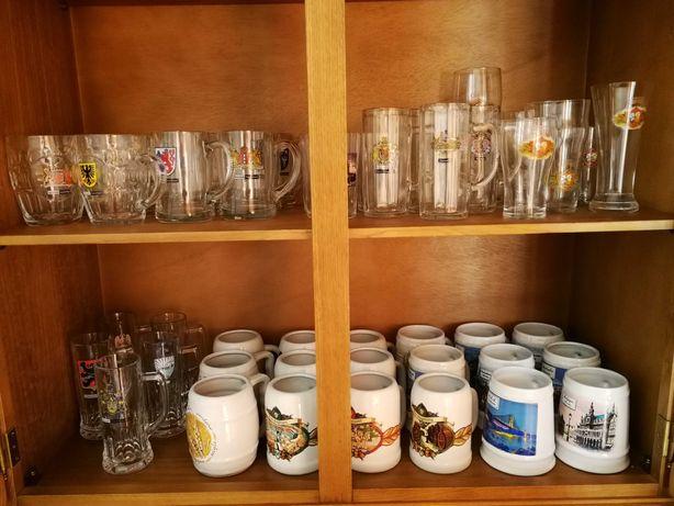 Coleção de copos e canecas de cerveja