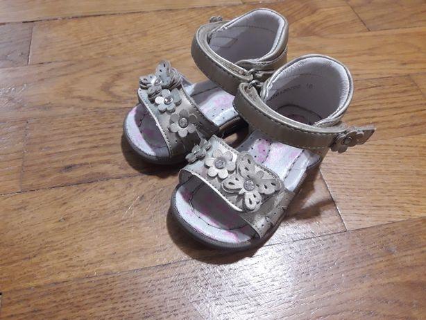 Босоножки 18р. Обувь для девочки 18р .