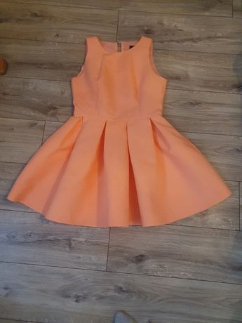 Rozkloszowana sukienka L