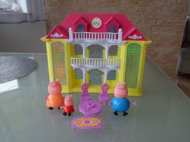 ZESTAW Świnka Peppa domek grający, świecący, pałac z rodzinką