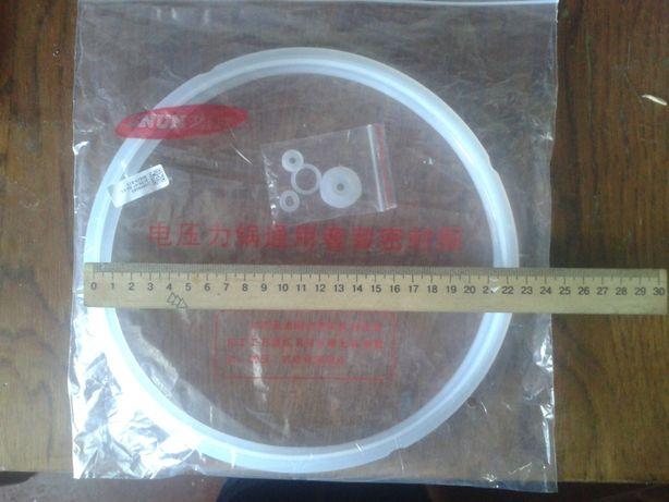 Уплотнительное кольцо и силиконовые прокладки клапанов мультиварки