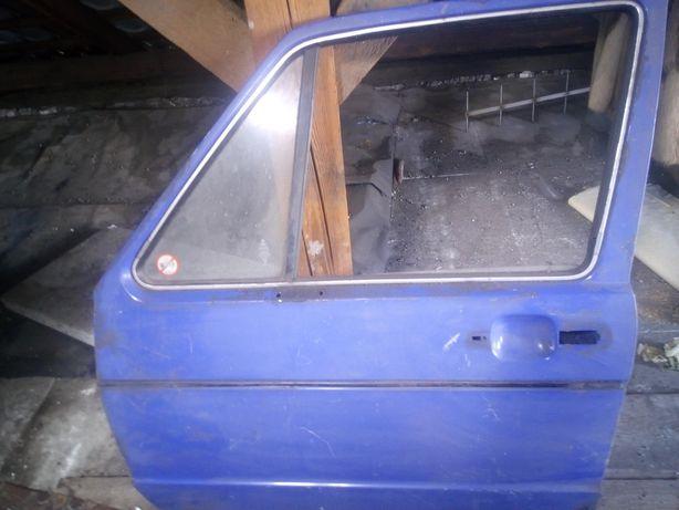 Drzwi VW golf 1 ,lewe przednie w dobrej kondycji blacharskiej,warto