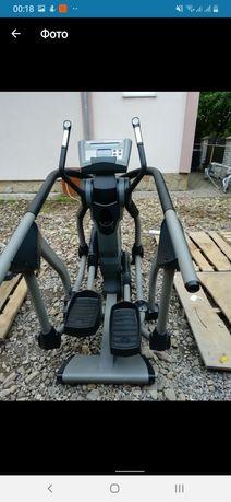 Эллиптический тренажер Nautilus EV 7.18 Elliptica