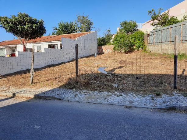 Lote de terreno para construção de Moradia - Caparica