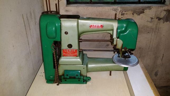 Várias Máquinas de Costura de malhas trifásicas (2)