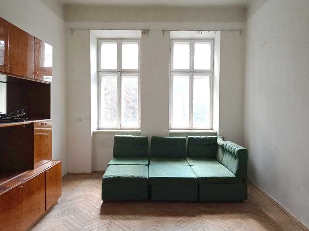 Продам 2-кімнатну квартиру на вул. Гайдамацька - Замарстинівська