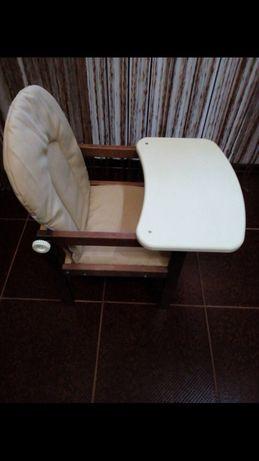 Продам детяче крісло для годування