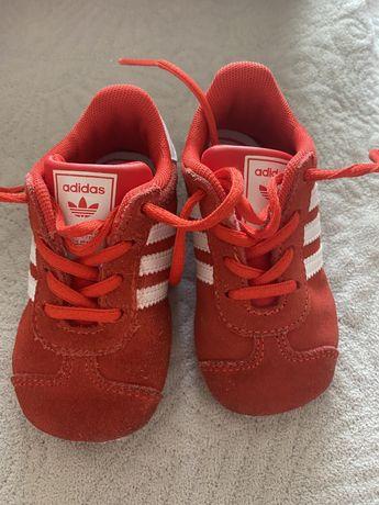 Мини кросовочки adidas