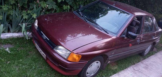 Форд ескорт 1992г.в.