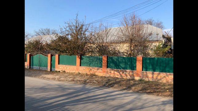 Будинок з усіма зручностями в домі смт Чечельник центр міста