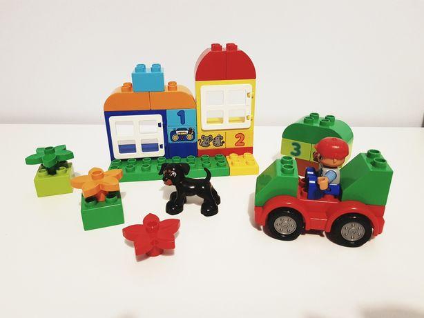Lego duplo auto pies