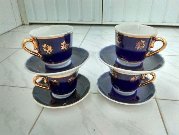Посуда даром. Кофейный сервиз (4 пары) + Салатница. ТОЛЬКО САМОВЫВОЗ