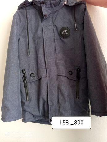 Куртка весна 158р
