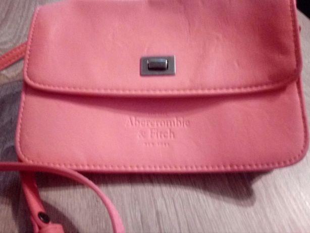 Różowa torebka damska Abercrombie