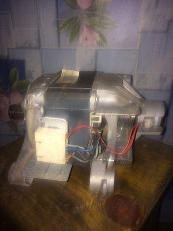Двигун до стіральної машини