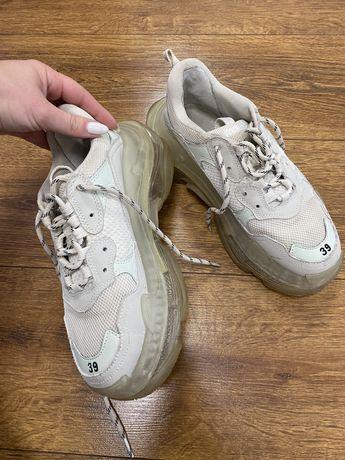 Баленсиага кроссовки