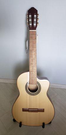 Электроакустическая гитара(классика) Lucero LS150LCE