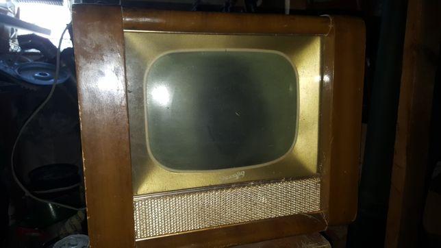 Продам Телевизионный приёмник ч/б изображения Рекорд