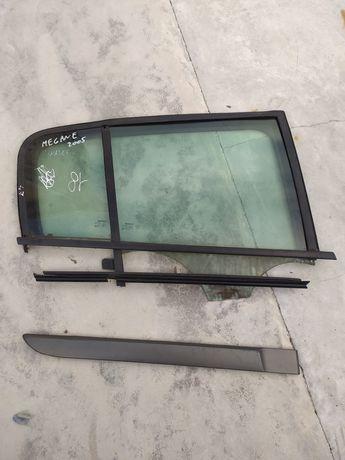 Renault Megane 2 Vidros e calhas da porta traseira/ direita