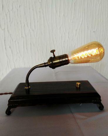 Настільна стильна лампа