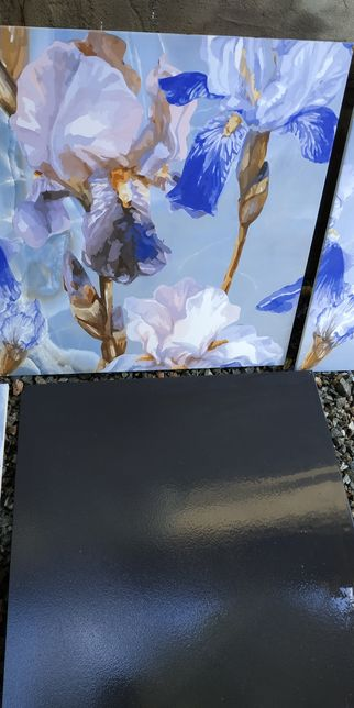 Керамогранитная плитка с цветами 600 на 600, с ирисами 25
