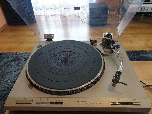 Gramofon Technics SL-D202