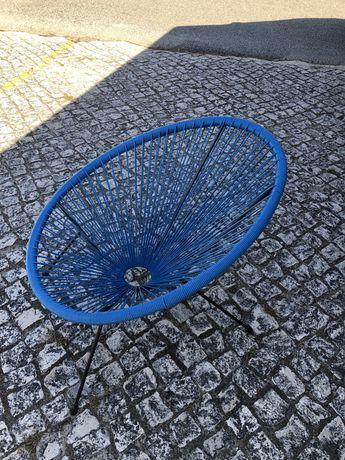 Cadeira azul nova