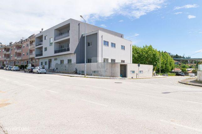 Apartamento T2 Novo com terraço em Nogueira da Regedoura