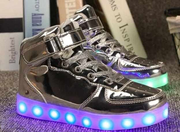 Кроссовки, сникерсы, ботинки с led подсветкой