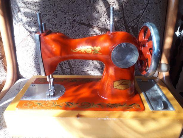 Дитяча швейна машинка ДШМ-2