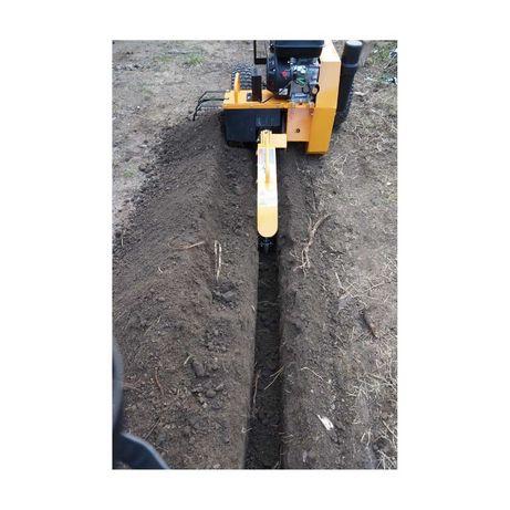 Wynajem profesjonalnej koparki łańcuchowej  nawadniania ogrodu - kable