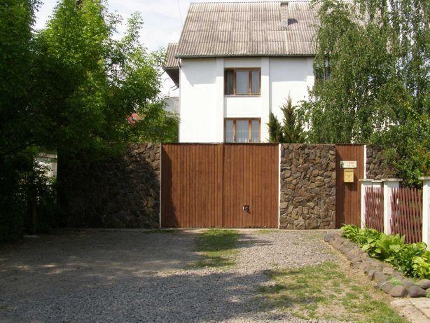 Продається Будинок в районі вулШишкіна 350м кв. для сім'ї  або бізнесу
