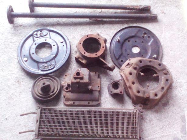 Запчасти на УАЗ 469.Радиатор кулак сцепления.Крышка КПП.Полуоси зеркал