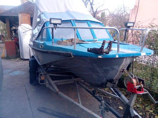 Лодка Казанка 5,лафет