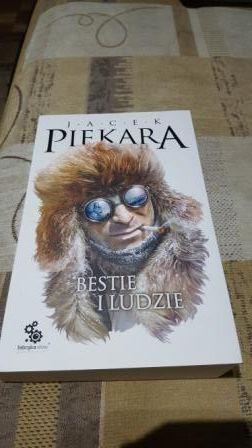 Bestie I Ludzie Jacek Piekara Warszawa - image 1