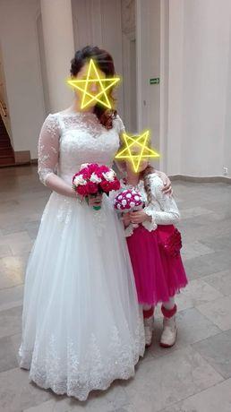 Suknia ślubna r. 38-42